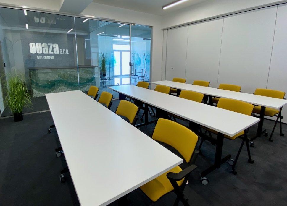 NDTcentrum_miestnost1_sedenieS1