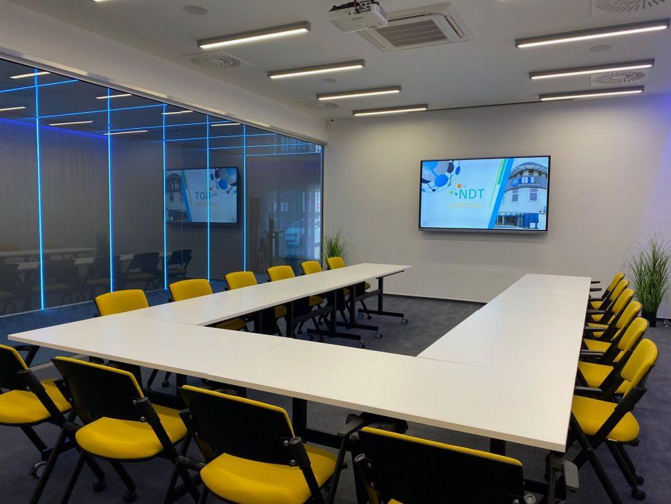 NDTcentrum_miestnost1_sedenie_U1