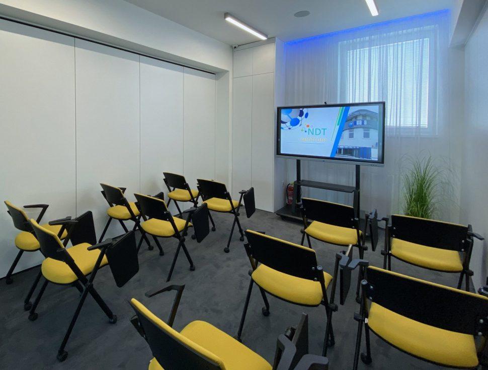 NDTcentrum_miestnost2_koferencne sedenie1