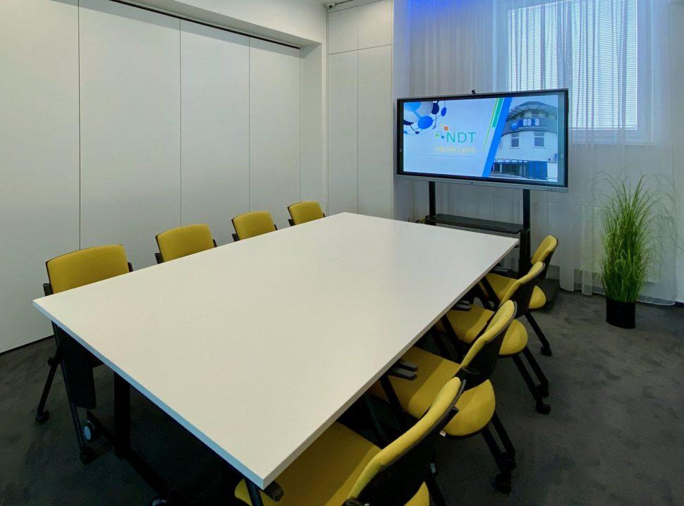 NDTcentrum_miestnost2_sedenie_I