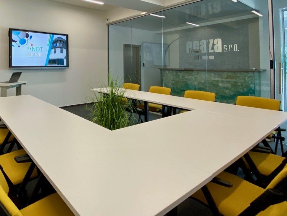 NDTcentrum_miestnost3_sedenie_U